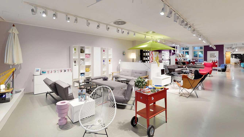 designermoebel-ausstellung-muenchen-lounge.jpg