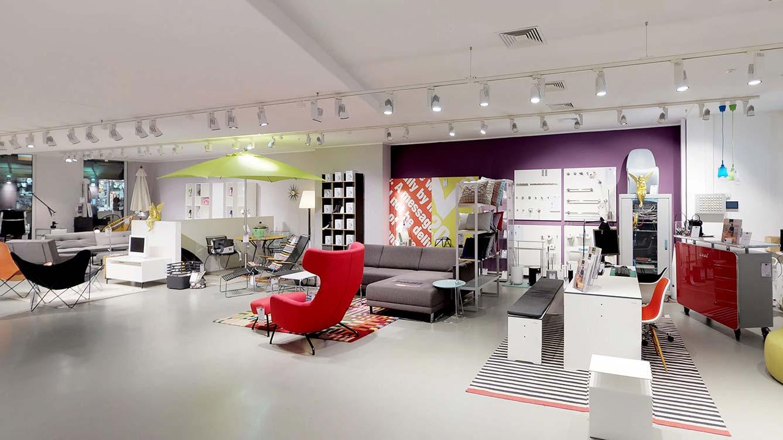 designermoebel-ausstellung-muenchen-sitzgelegenheiten.jpg