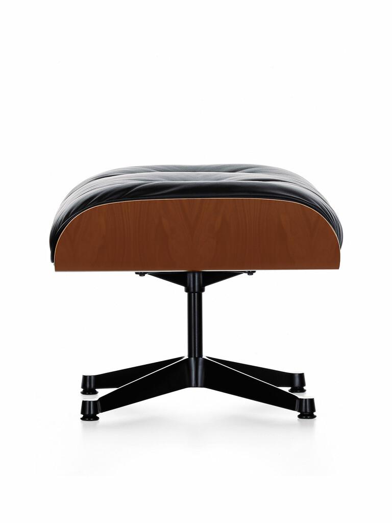 lounge chair hocker kirschbaum von vitra sofort lieferbar. Black Bedroom Furniture Sets. Home Design Ideas