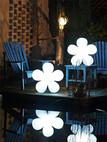 Außenleuchte Shining Flower Polyethylen, weiß
